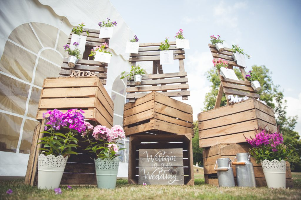 Wedding styling photo wooden boxes